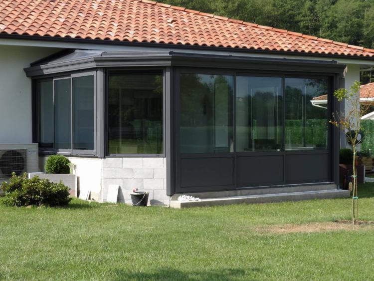 toit en verre prix toit en verre prix moyen et avantages. Black Bedroom Furniture Sets. Home Design Ideas